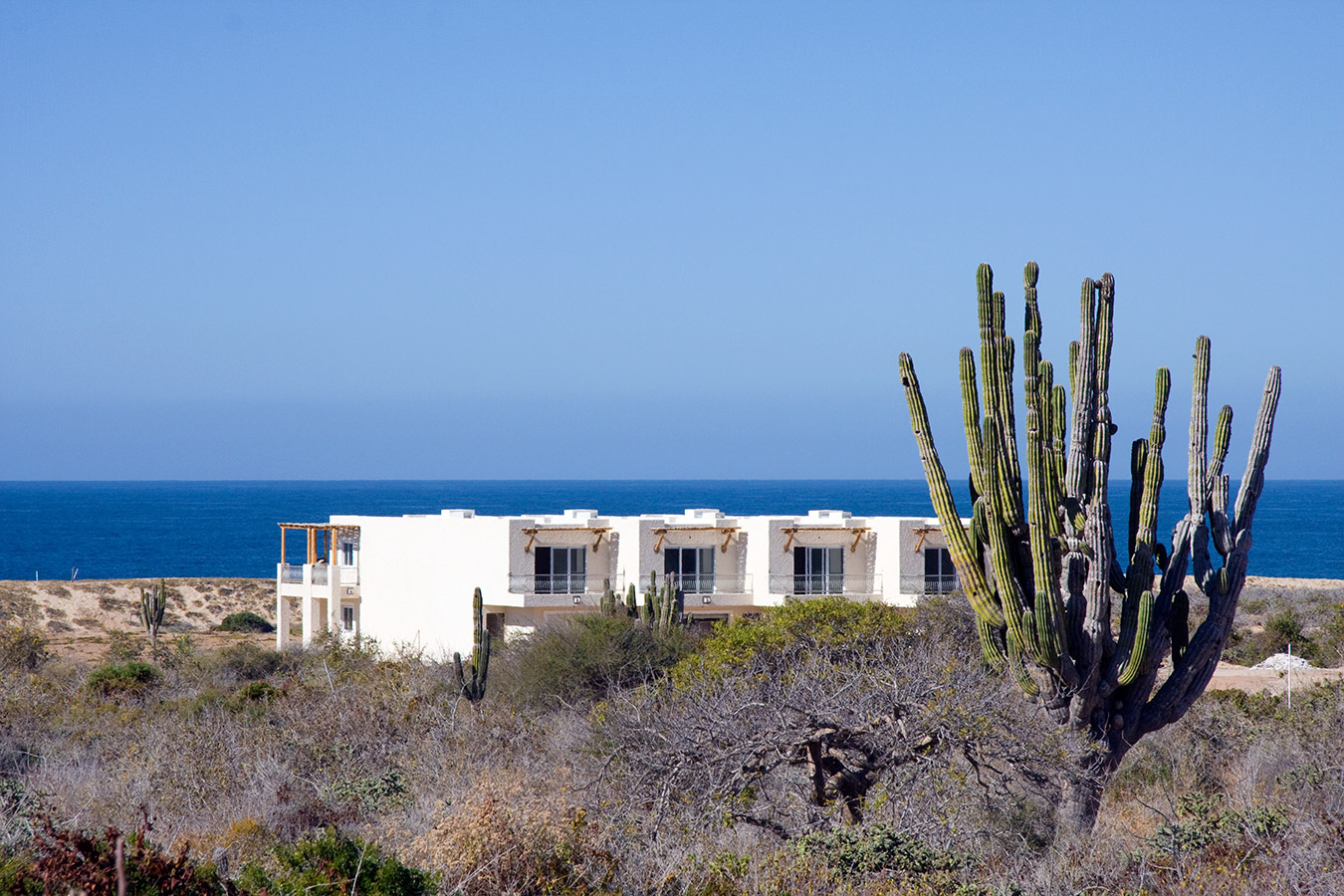 Guest Rooms & Ocean - Yoga Retreat - Mexico