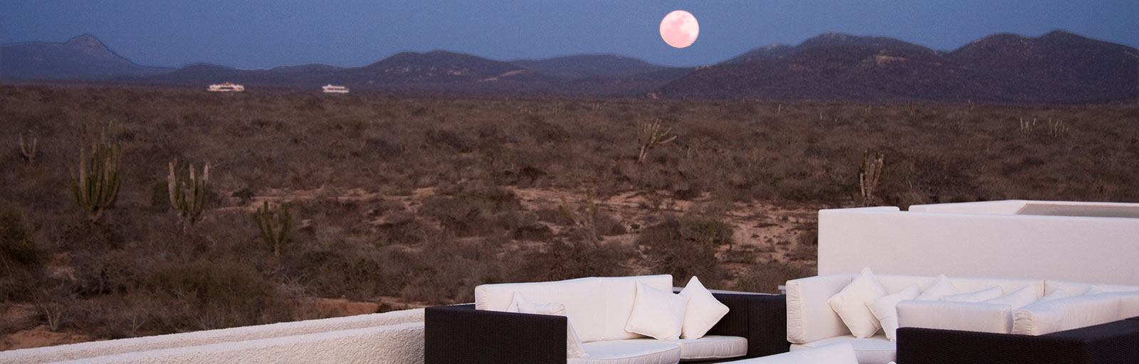 Gardens at Yoga Retreat Mexico: Moonrise on the Roof Deck