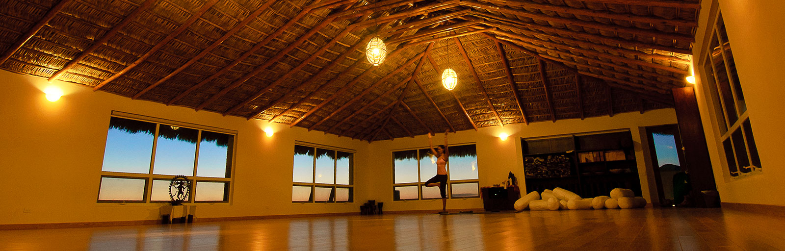 Mexico Yoga Retreat Yoga Studio: Evening in the Yoga Studio
